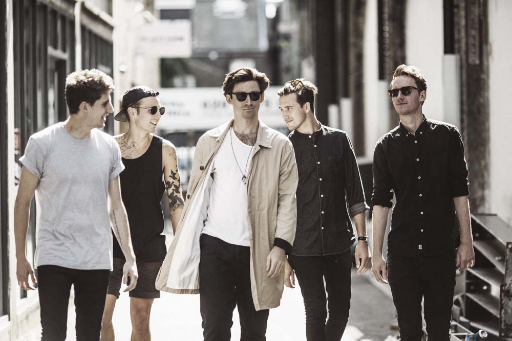 Coasts / Jenna Foxton